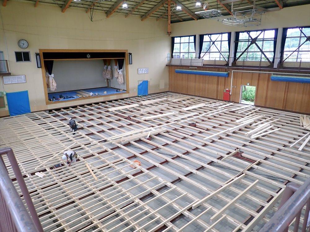 日高小学校大規模改修建築主体工事
